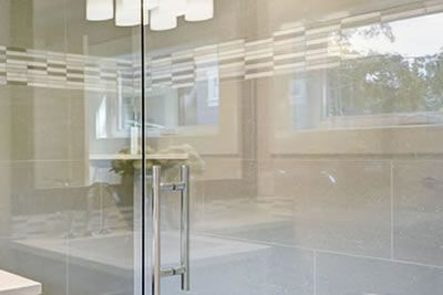 glass shower screens and doors